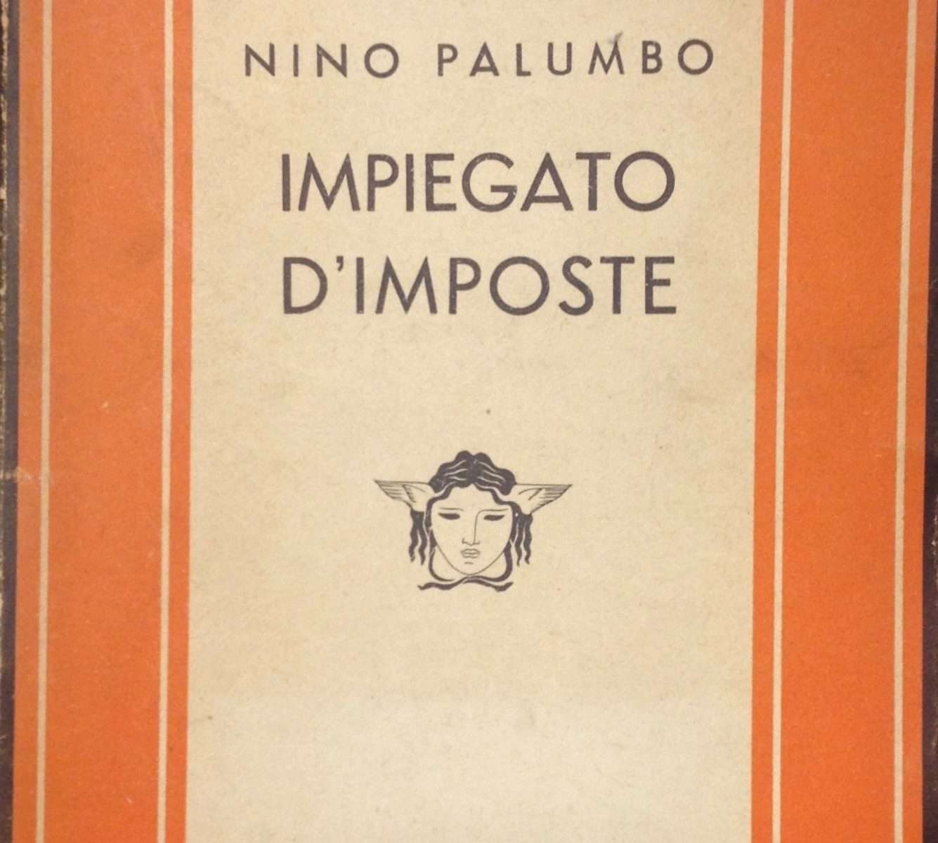 IMPIEGATO D'IMPOSTE  <BR/> Nino Palumbo